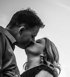 Engagement Photo (The Kiss) - Cropped